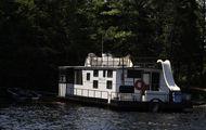 50' Voyageur Houseboat