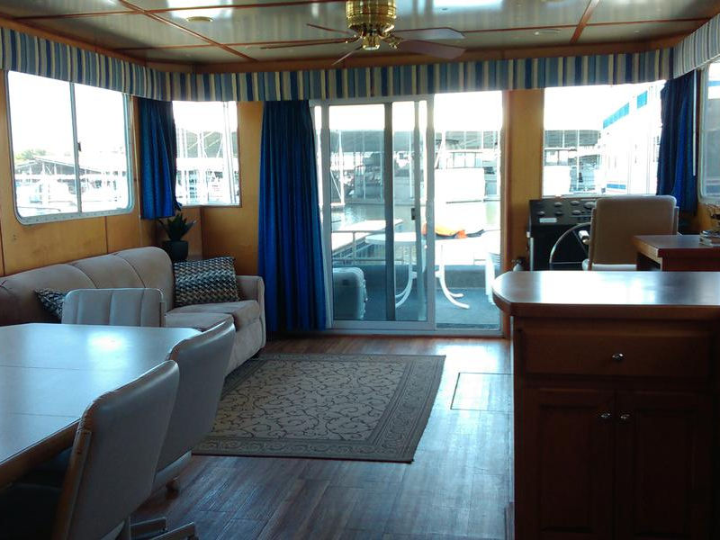 58 Lakeview Yacht Houseboat