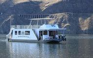 59-foot Sumerset Houseboat