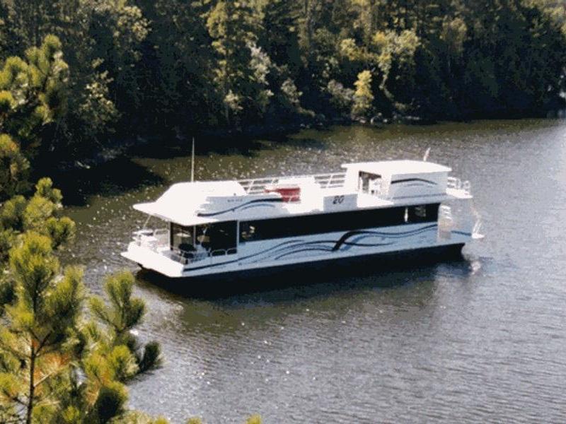 60 Cruiser Houseboat