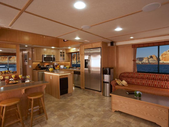 62 foot Journey Houseboat
