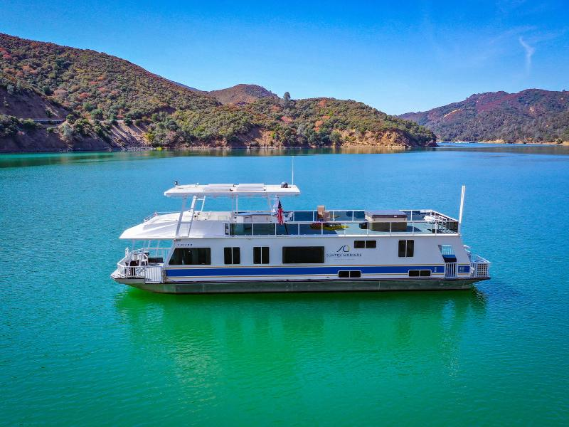 70-foot Houseboat on Lake Berryessa Photos