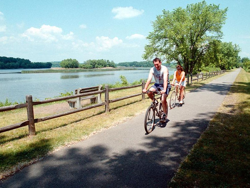 The canal has many bike trails that parallel the water Photos