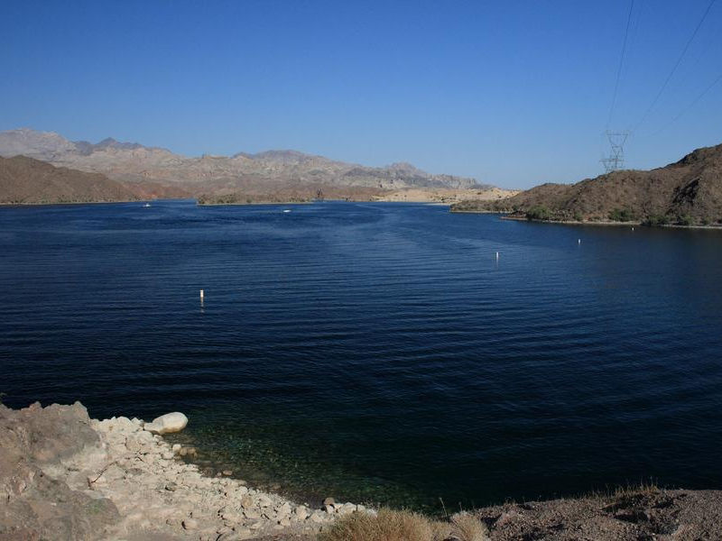 Clear blue waters at Lake Mohave are ideal for swimming Photos