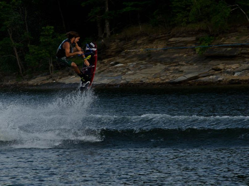 Show off your skills on Lake Ouachita Photos