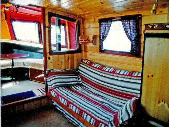 Lockmaster 41 Houseboat