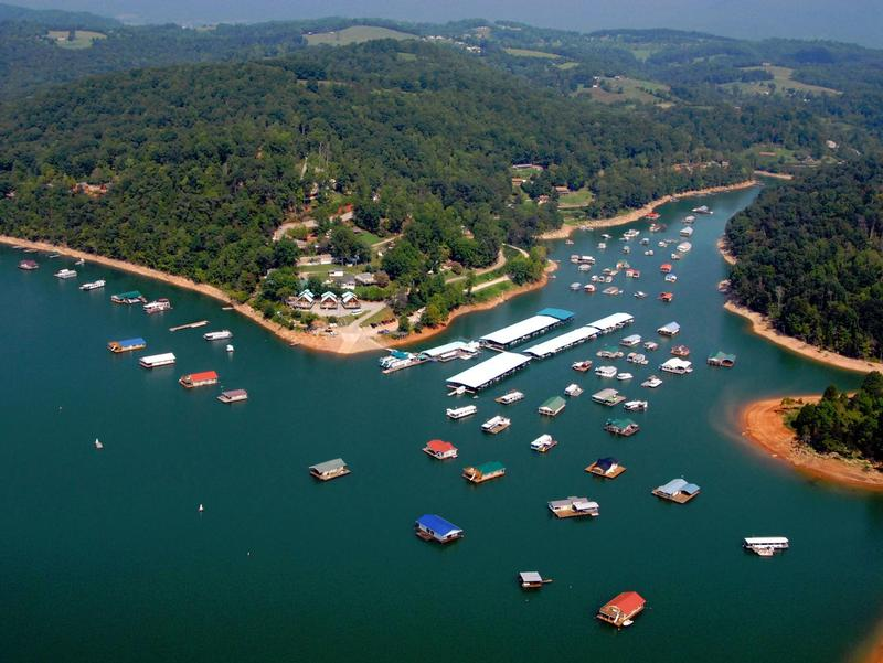 Flat Hollow Marina at Norris Lake Photos