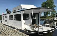 Serenity Houseboat