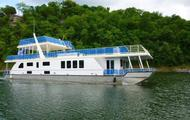 90' Independence Houseboat