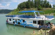 72' Horizon Houseboat