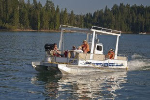 Silverthorn Deluxe Patio Boat