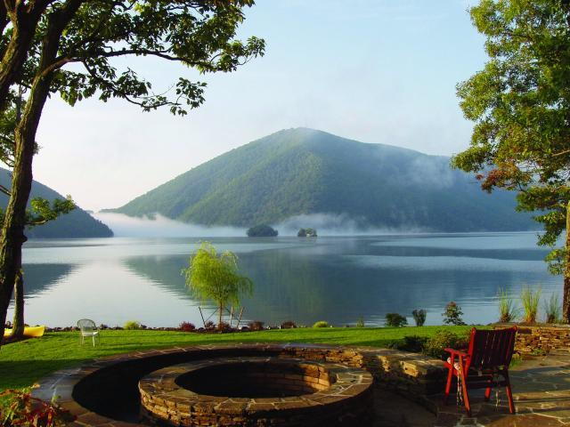 Smith Mountain Lake Virginia S Blue Ridge Jewel