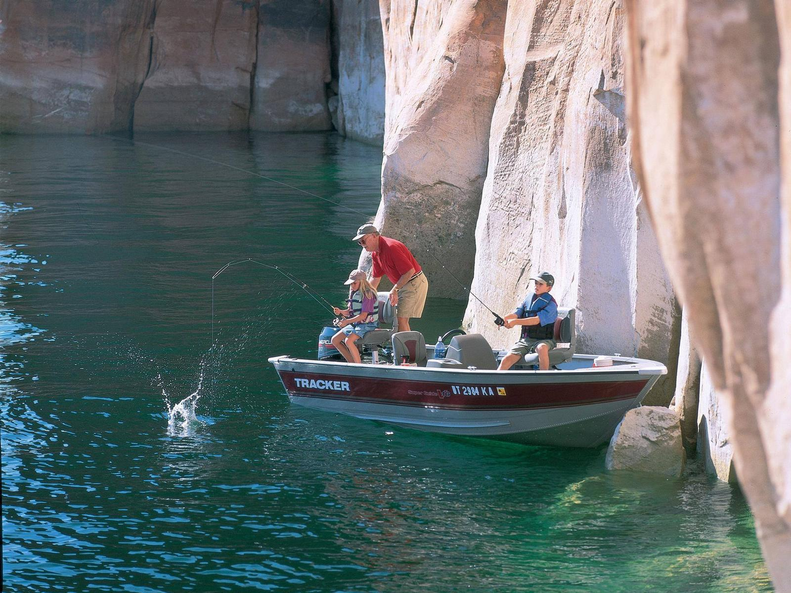 Top lake powell catches fishing tips for Lake powell fishing license