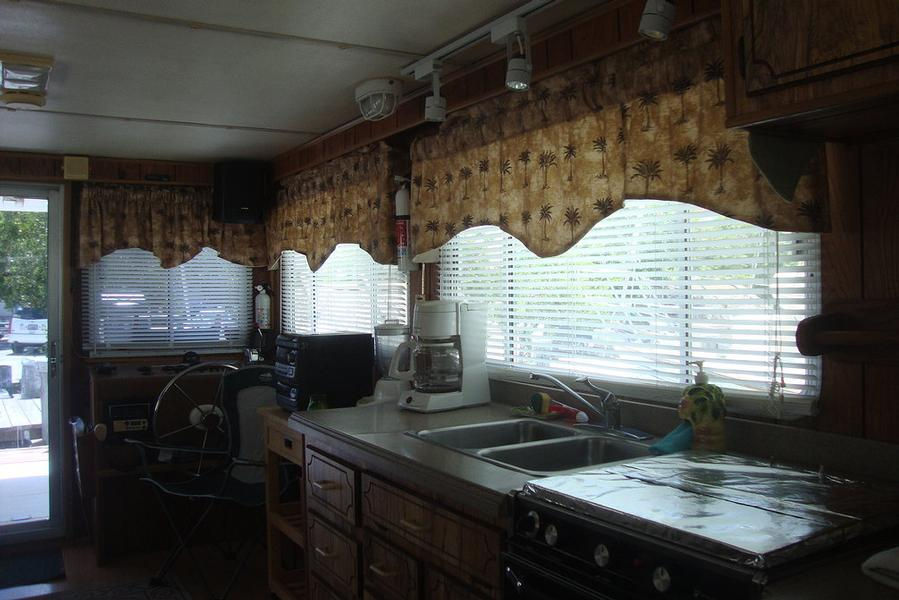 Wisdom Houseboat Kitchen